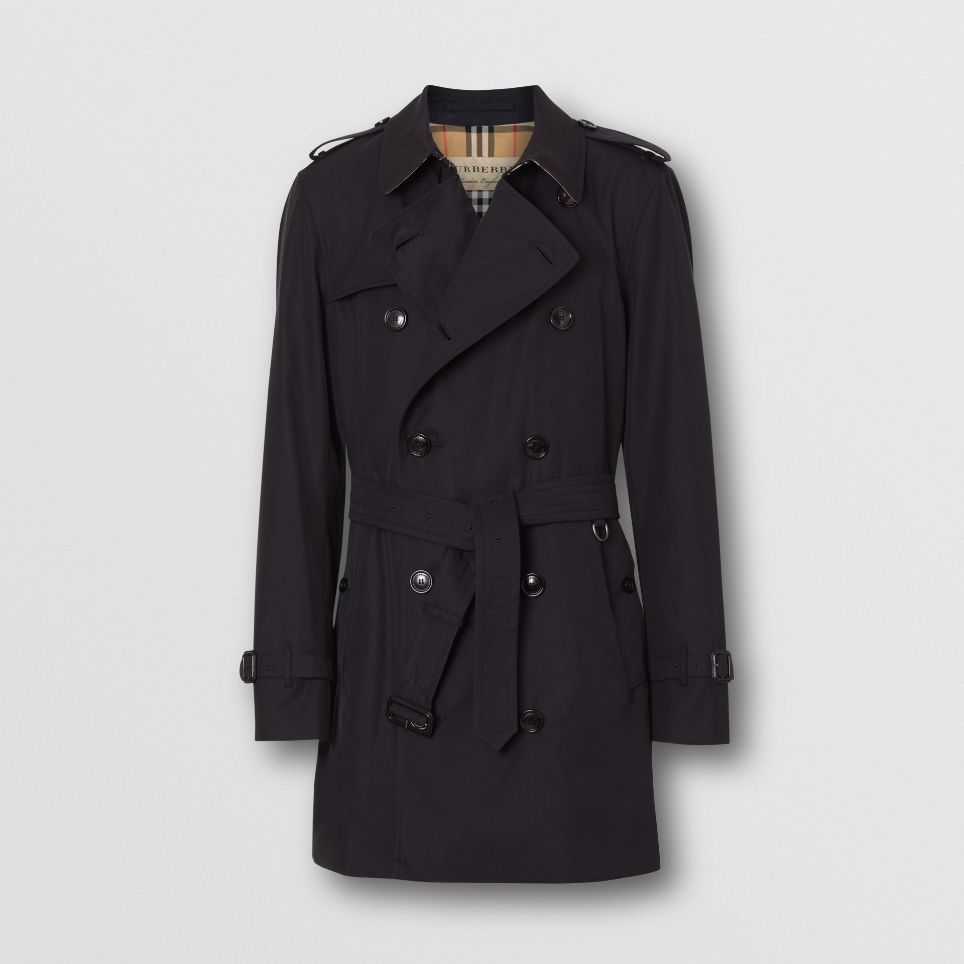Short Chelsea Fit Trench Coat in Midnight - Men | Burberry - gallery image 3