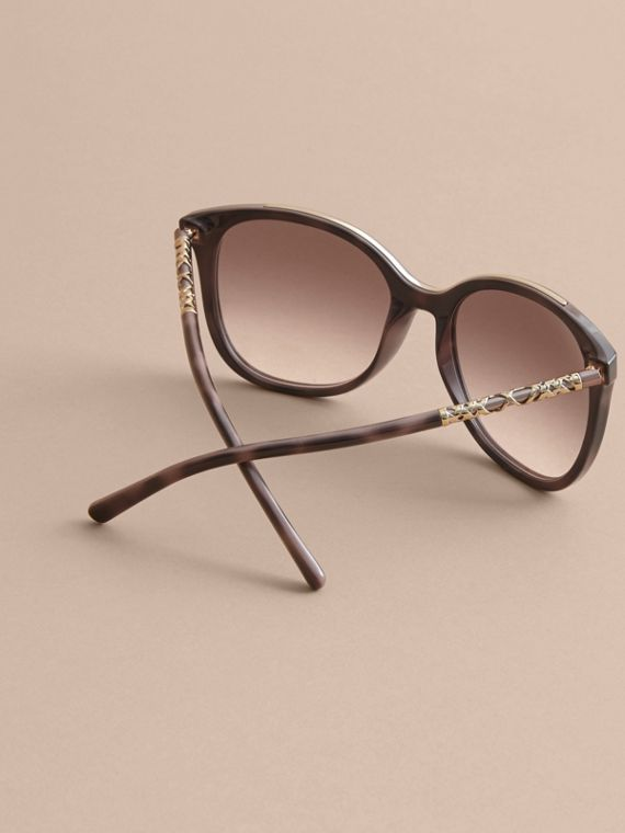 Check Detail Square Frame Sunglasses in Tortoiseshell - Women | Burberry - cell image 3