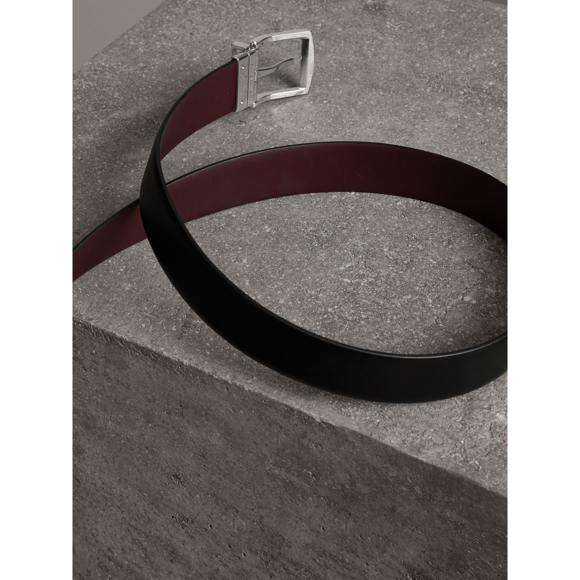 Reversible Leather Belt in Black - Men | Burberry United Kingdom - gallery image 3