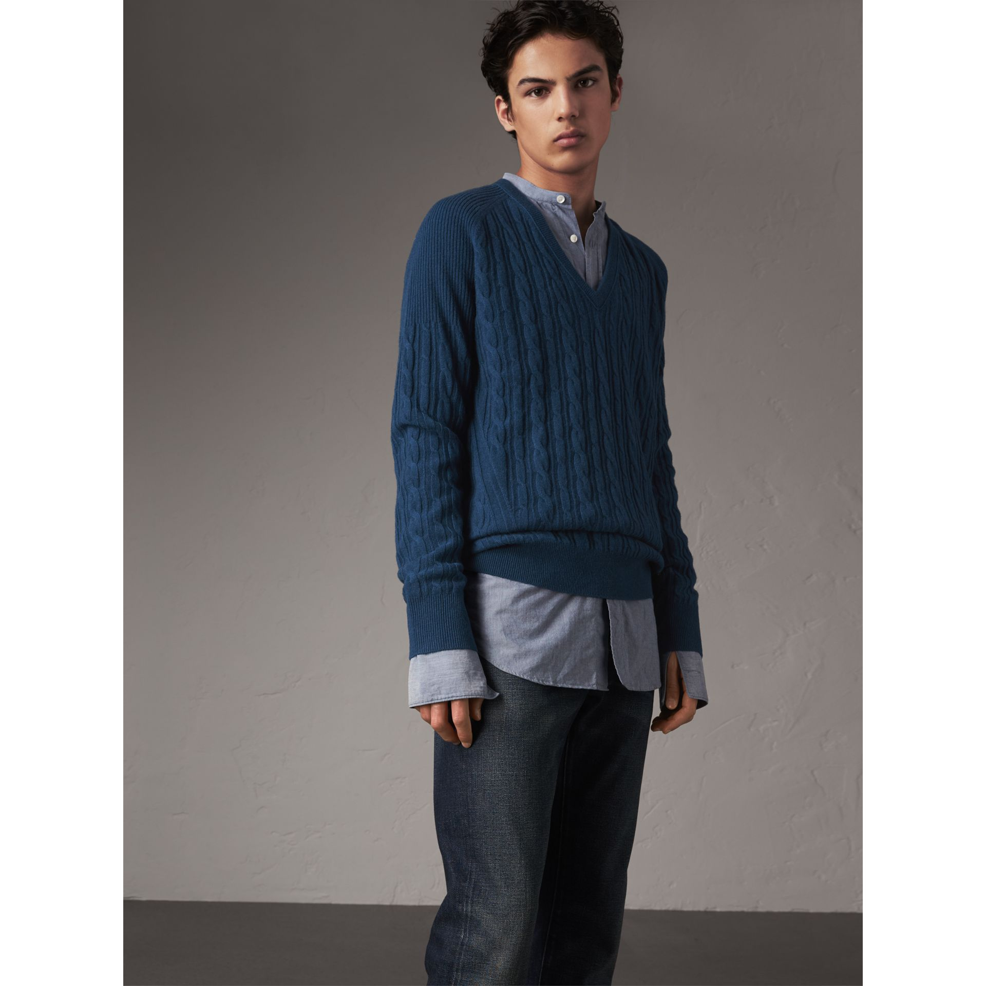 Cable and Rib Knit Cashmere V-neck Sweater in Bright Navy - Men | Burberry - gallery image 5