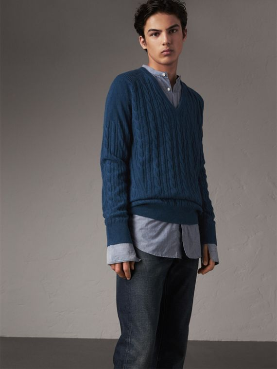 Cable and Rib Knit Cashmere V-neck Sweater in Bright Navy - Men | Burberry Hong Kong