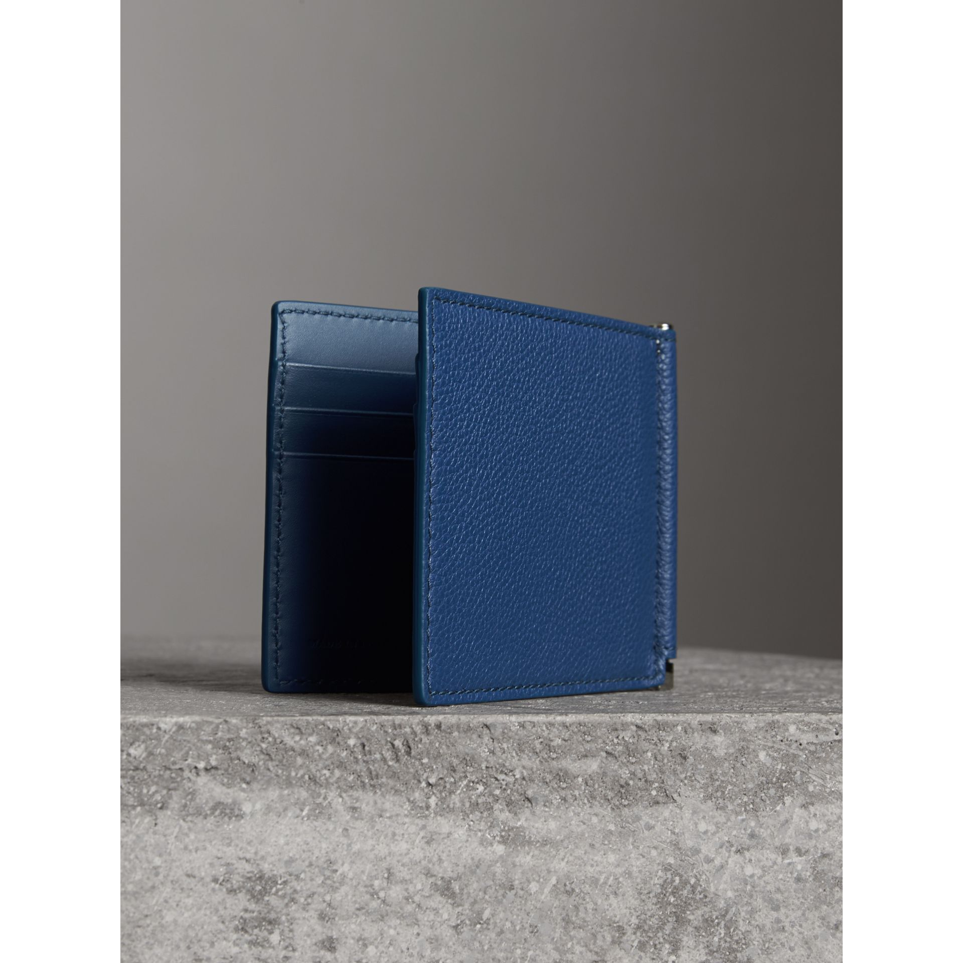 Grainy Leather Money Clip Card Wallet in Bright Ultramarine - Men | Burberry Canada - gallery image 2