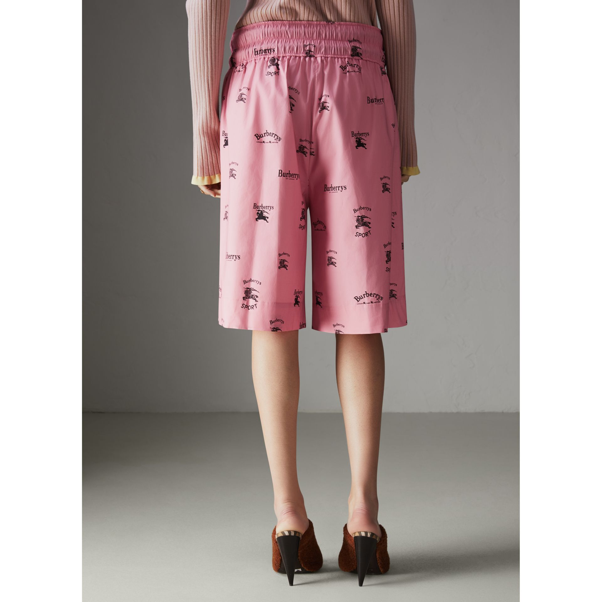 Archive Logo Print Stretch Cotton Drawcord Shorts in Pink - Women | Burberry Hong Kong - gallery image 2