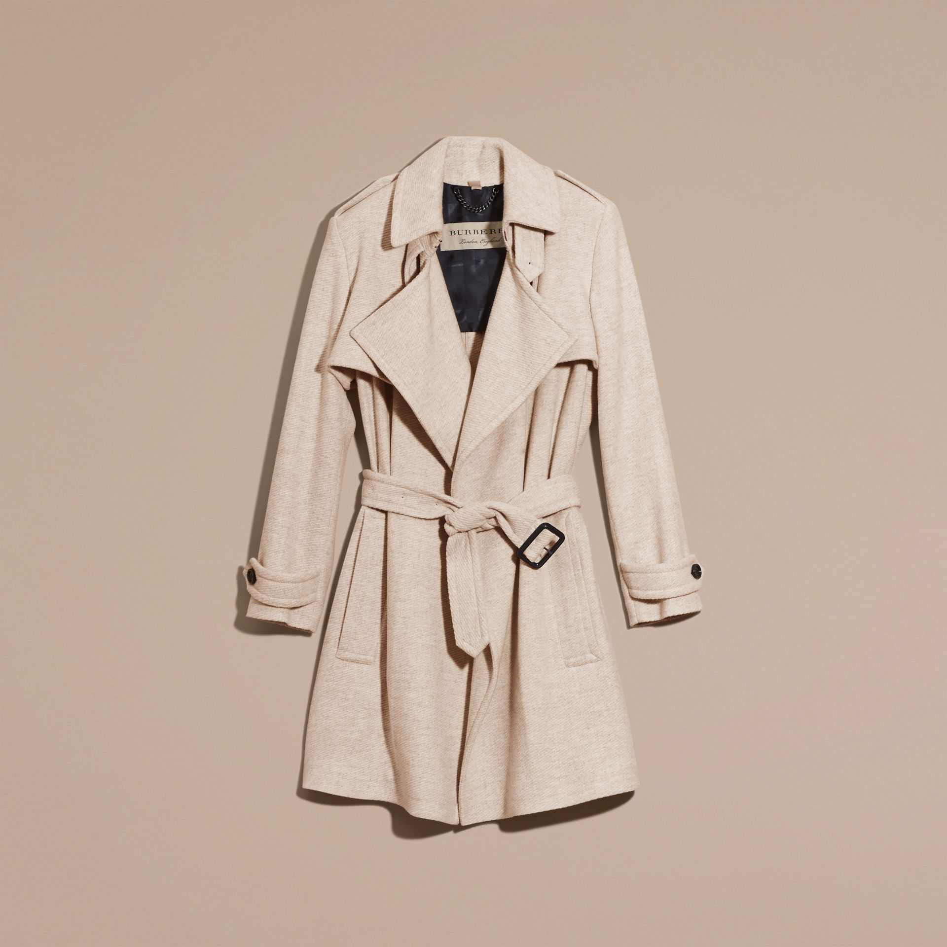 Blanc/gris Trench-coat portefeuille en cachemire - photo de la galerie 4