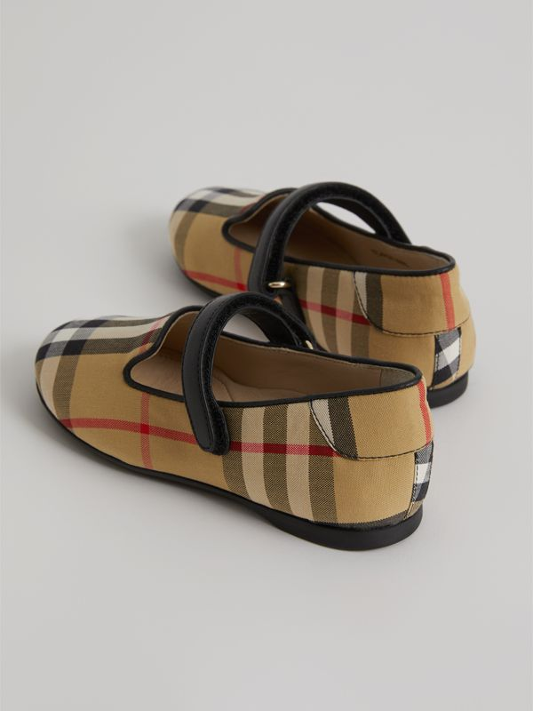 D-ring Strap Vintage Check Slippers in Antique Yellow - Children | Burberry Australia - cell image 2