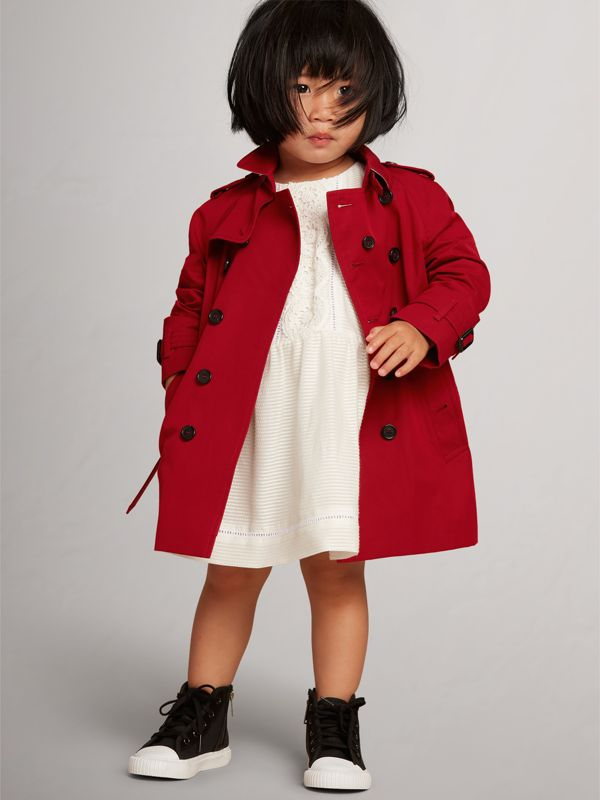 The Wiltshire Trench Coat in Parade Red | Burberry United Kingdom - cell image 2