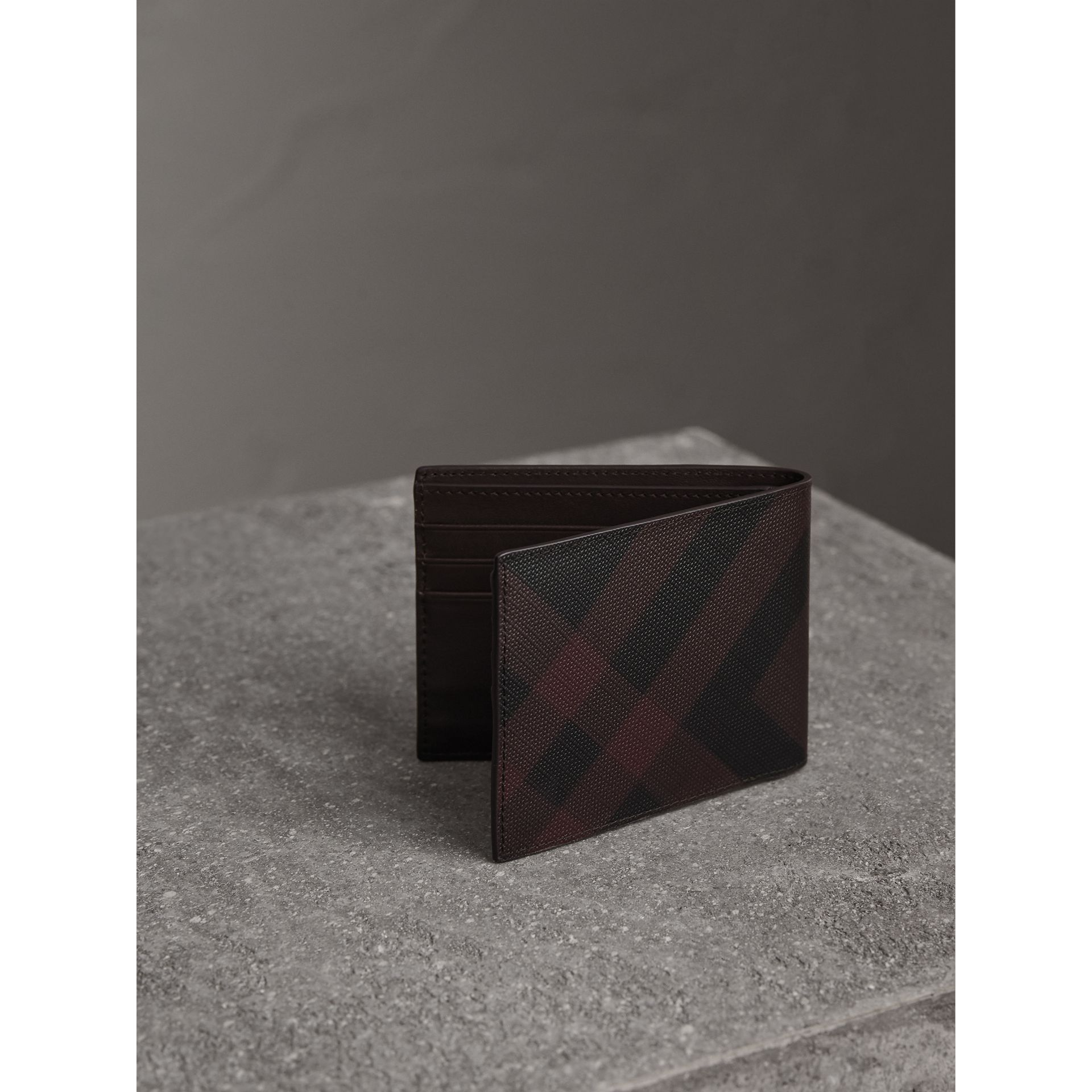 London Check Bifold Wallet in Deep Claret - Men | Burberry United Kingdom - gallery image 3