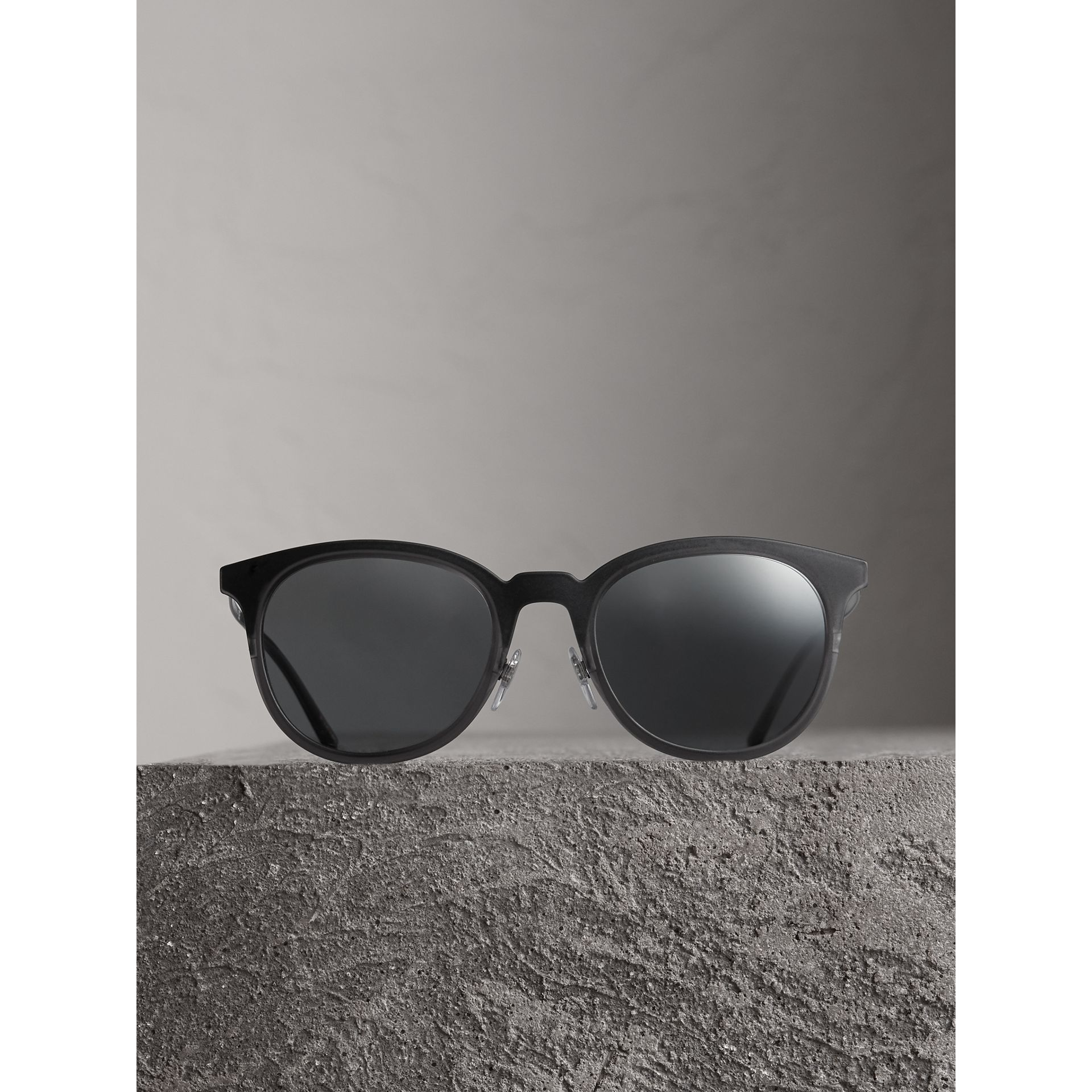 Round Frame Sunglasses in Black - Men | Burberry Australia - gallery image 3