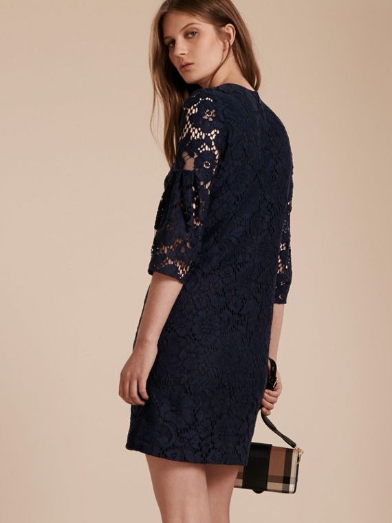 Navy Puff-sleeved Floral Lace Shift Dress - cell image 2