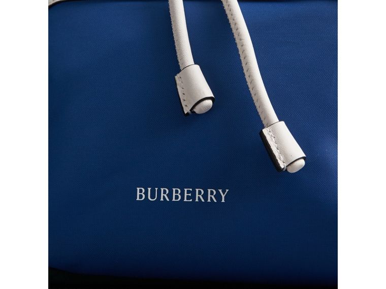 The Medium Rucksack aus Nylon und Leder im Colour-Blocking-Design (Dunkles Canvasblau) - Damen | Burberry - cell image 1