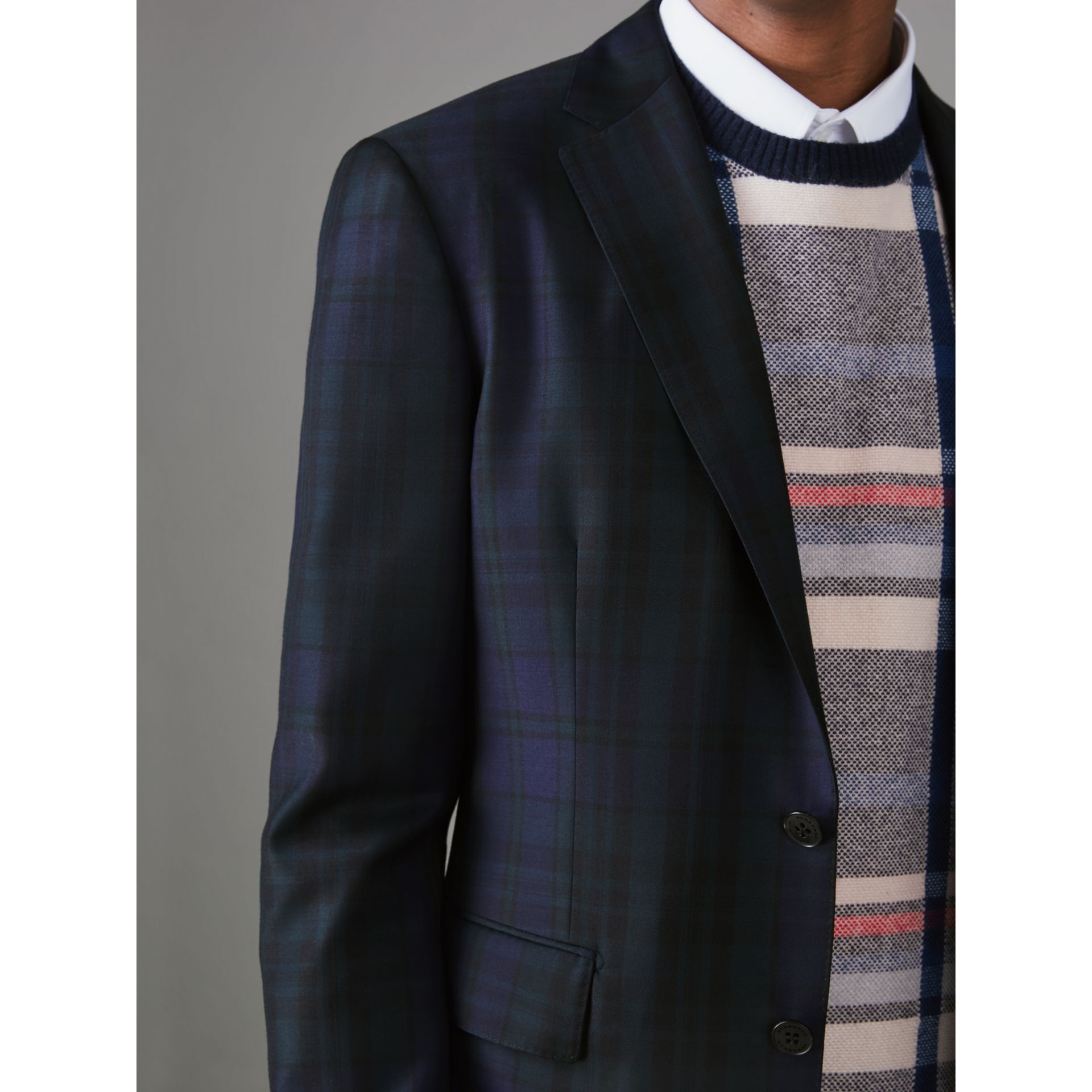 Soho Fit Tartan Wool Twill Suit in Navy - Men | Burberry - gallery image 4