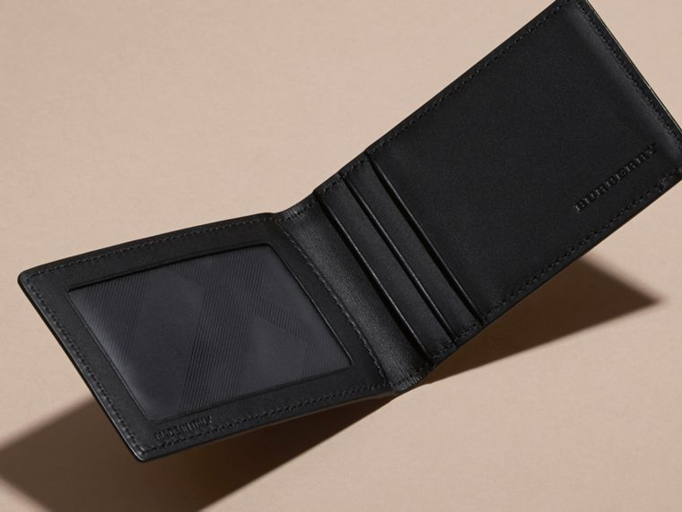 London Leather ID Wallet in Black - cell image 4