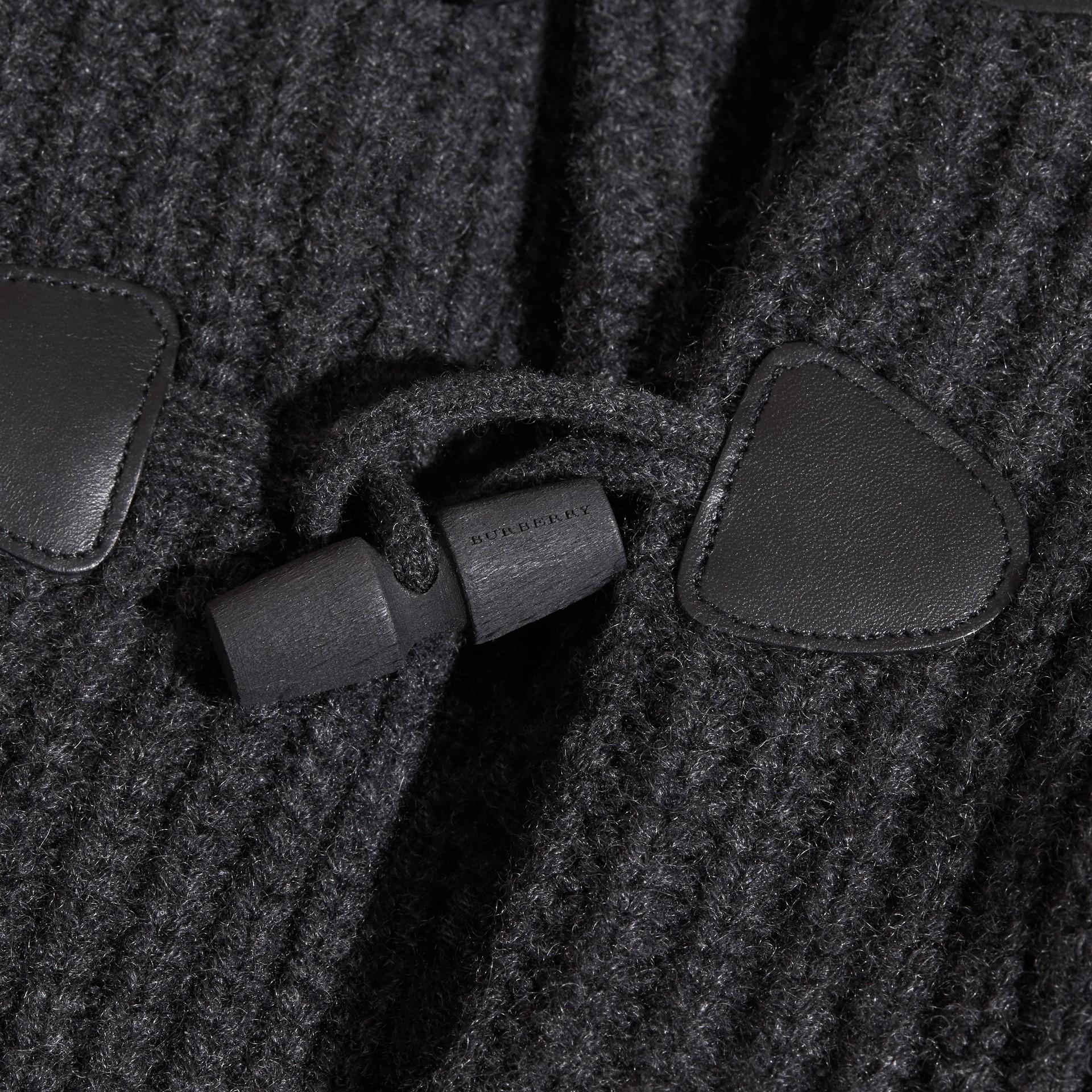 Camaïeu anthracite Cardigan en laine et cachemire avec boutons-olives - photo de la galerie 2