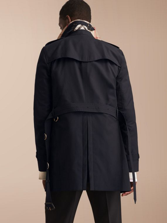 The Kensington – Mid-length Heritage Trench Coat in Navy - Men | Burberry Singapore - cell image 2