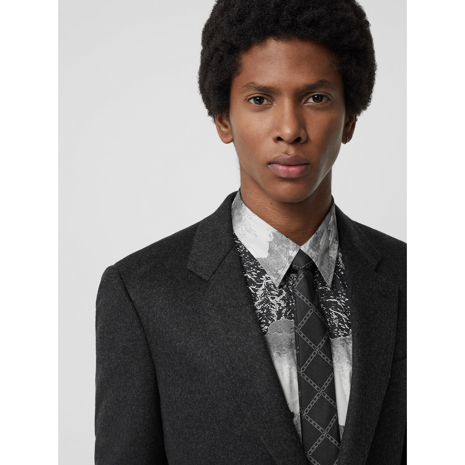 Slim Cut Link Print Silk Tie in Black - Men | Burberry United Kingdom - gallery image 2