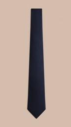 Cravate en soie de coupe classique