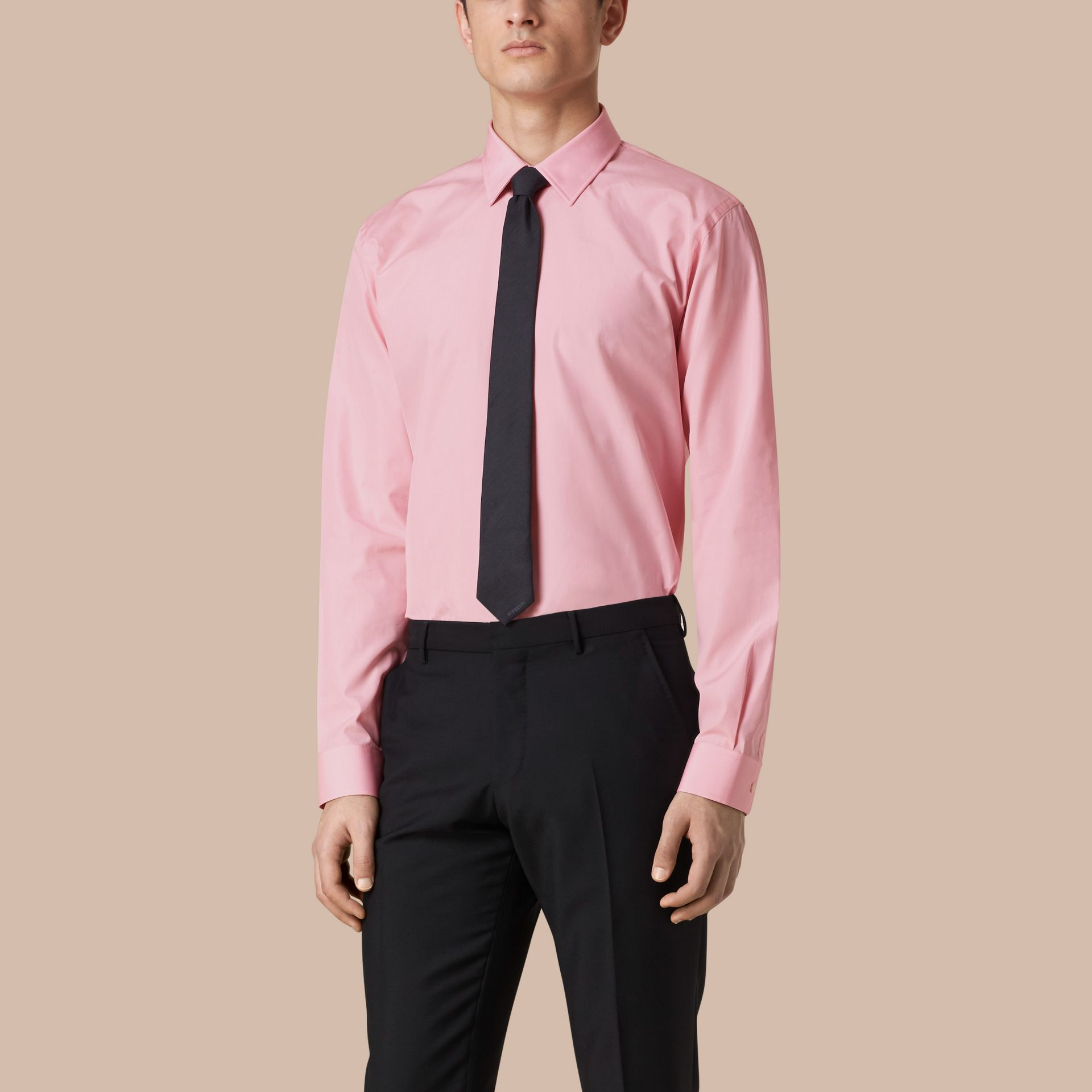 Modern Fit Cotton Poplin Shirt in City Pink - gallery image 1
