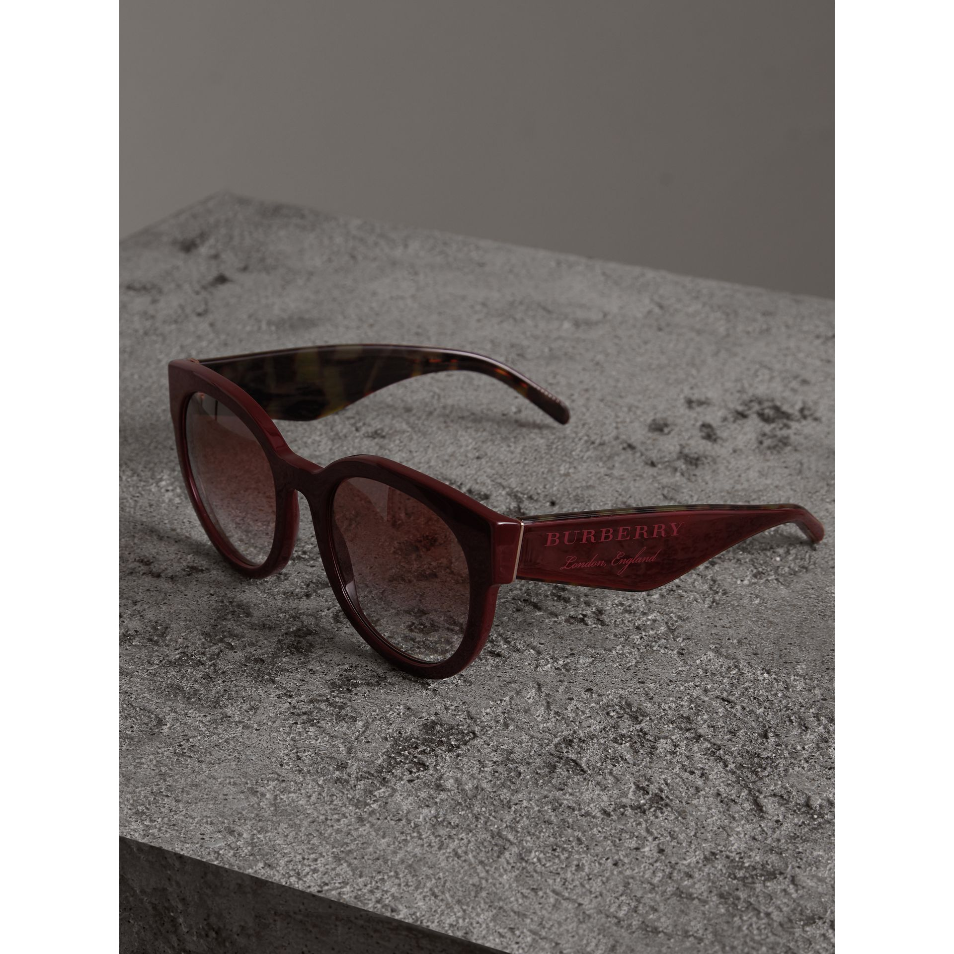 Round Frame Sunglasses in Burgundy - Women | Burberry - gallery image 2