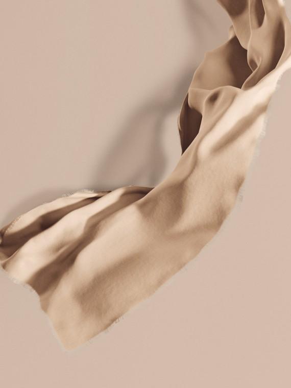 Pañuelo ligero en cachemir Piedra