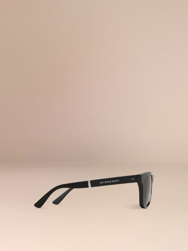 Folding Rectangular Frame Sunglasses in Black - Men | Burberry United Kingdom - cell image 3