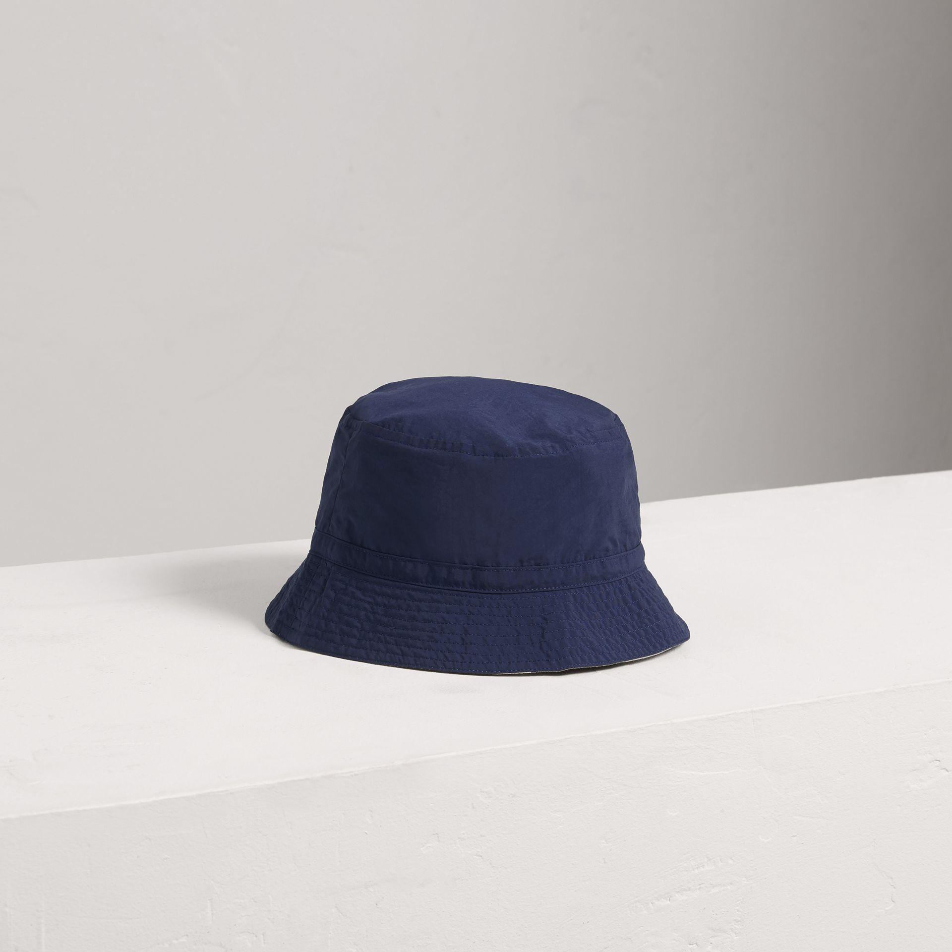 Check Detail Bucket Hat in Indigo - Boy | Burberry United States - gallery image 0