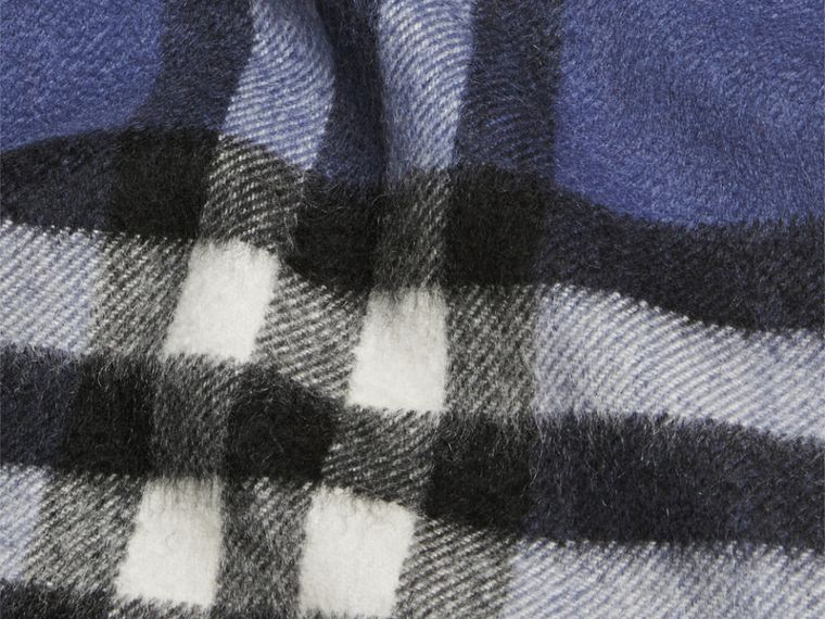Thistle blue The Mini Classic Cashmere Scarf in Check - cell image 2