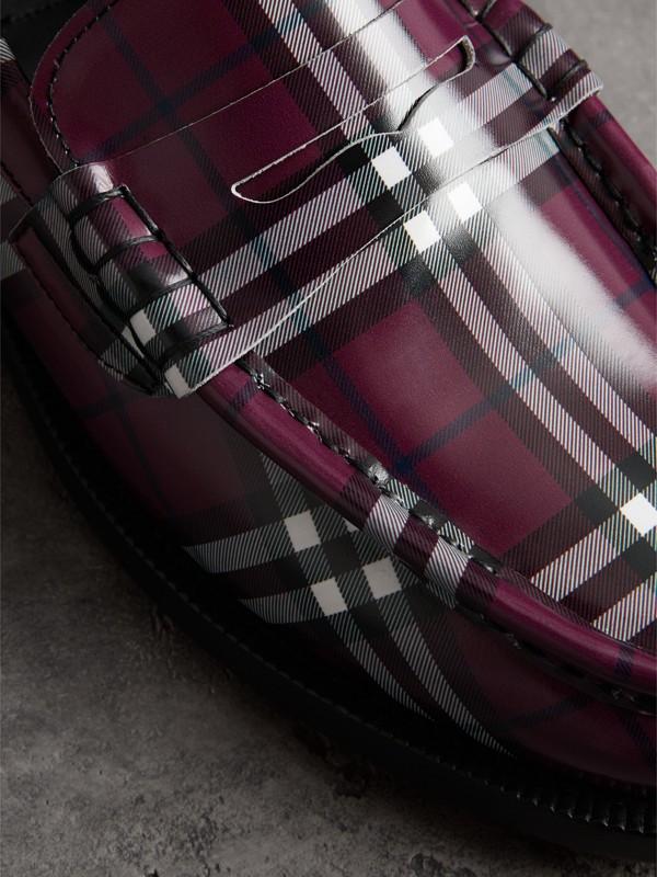 Mocassins en cuir à motif check GoshaxBurberry (Bordeaux) - Homme | Burberry - cell image 3