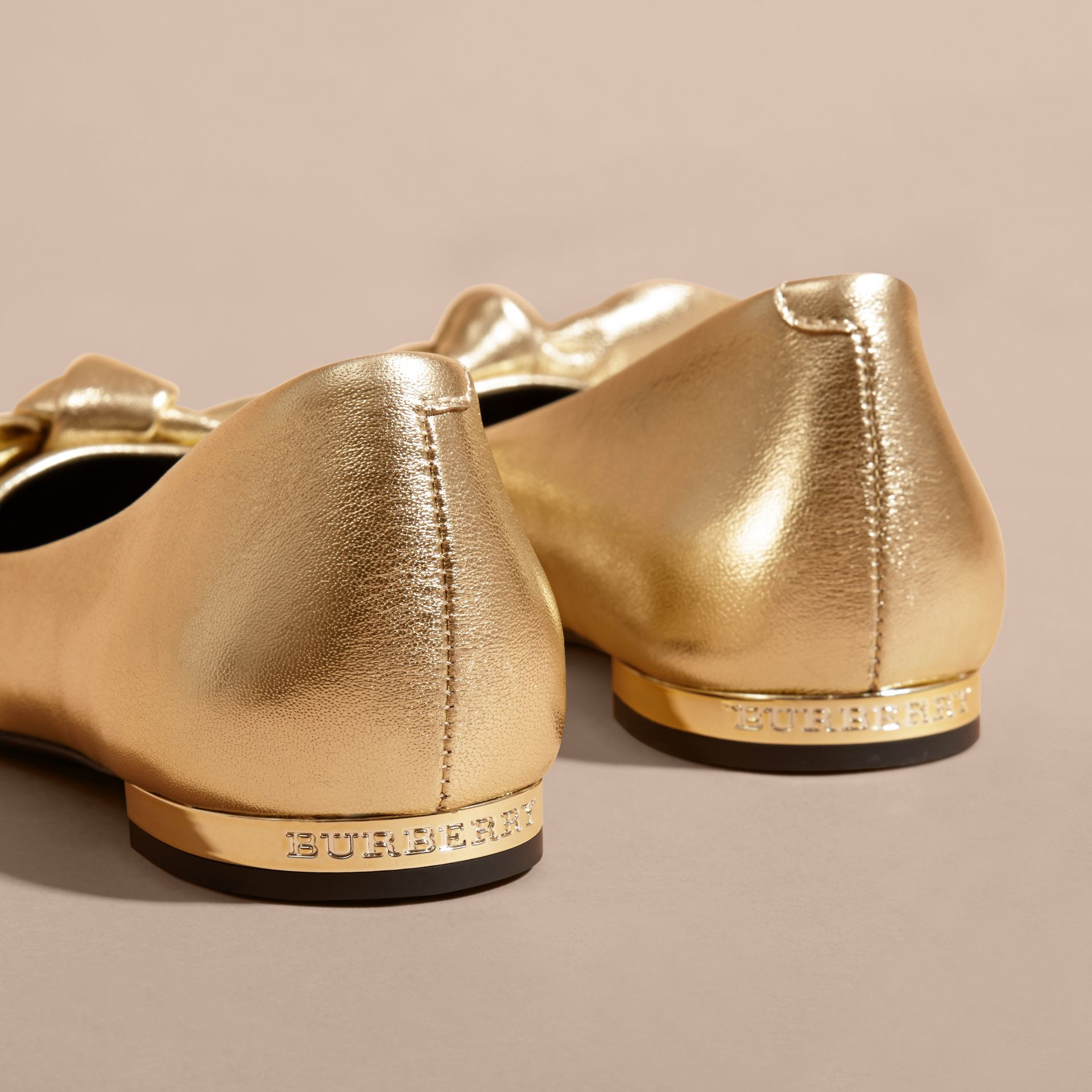 Bow Detail Metallic Leather Ballerinas Platinum - gallery image 2