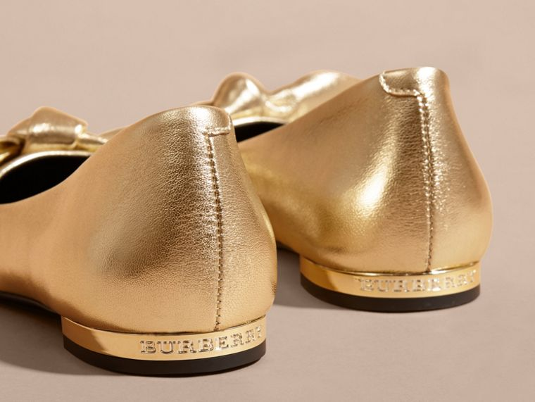 Bow Detail Metallic Leather Ballerinas Platinum - cell image 1