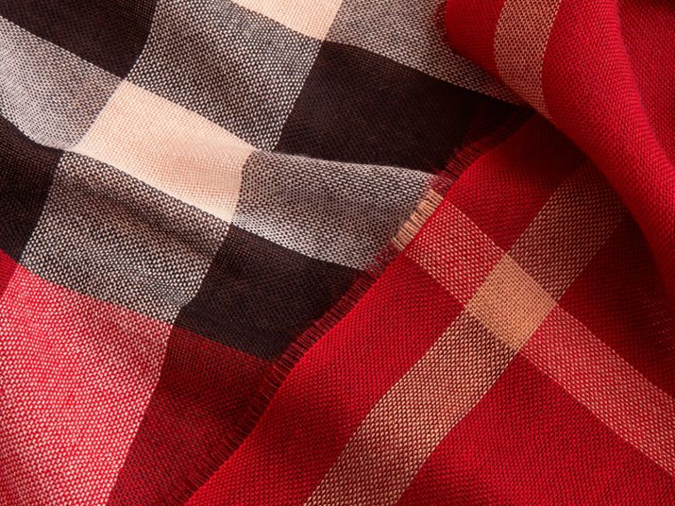 Lightweight Check Wool Cashmere Scarf in Parade Red | Burberry - cell image 1