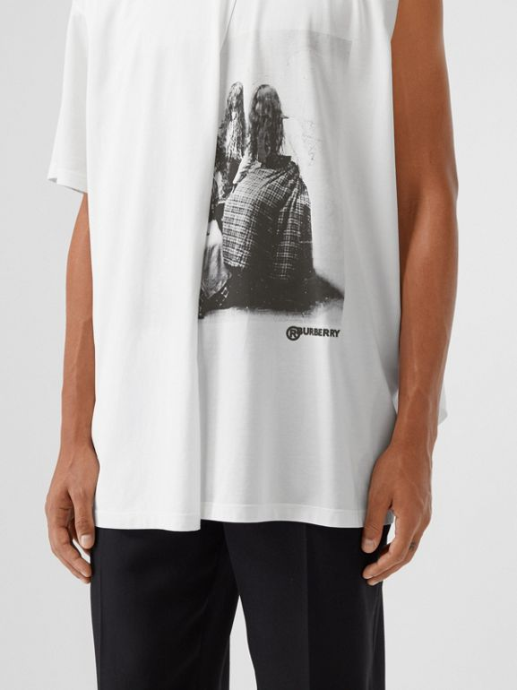 Victorian Portrait Print Cotton Oversized T-shirt in Optic White | Burberry - cell image 1