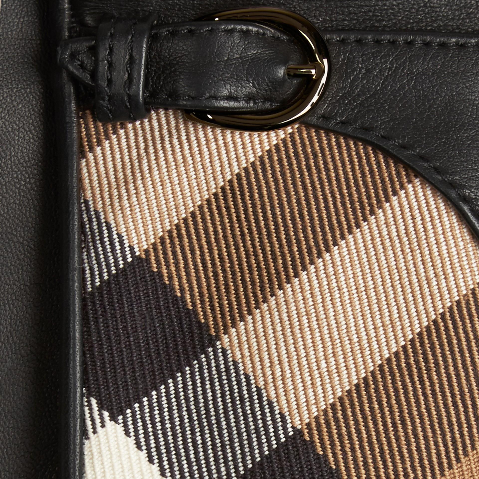 Schwarz Lederhandschuhe mit House Check-Muster Schwarz - Galerie-Bild 2