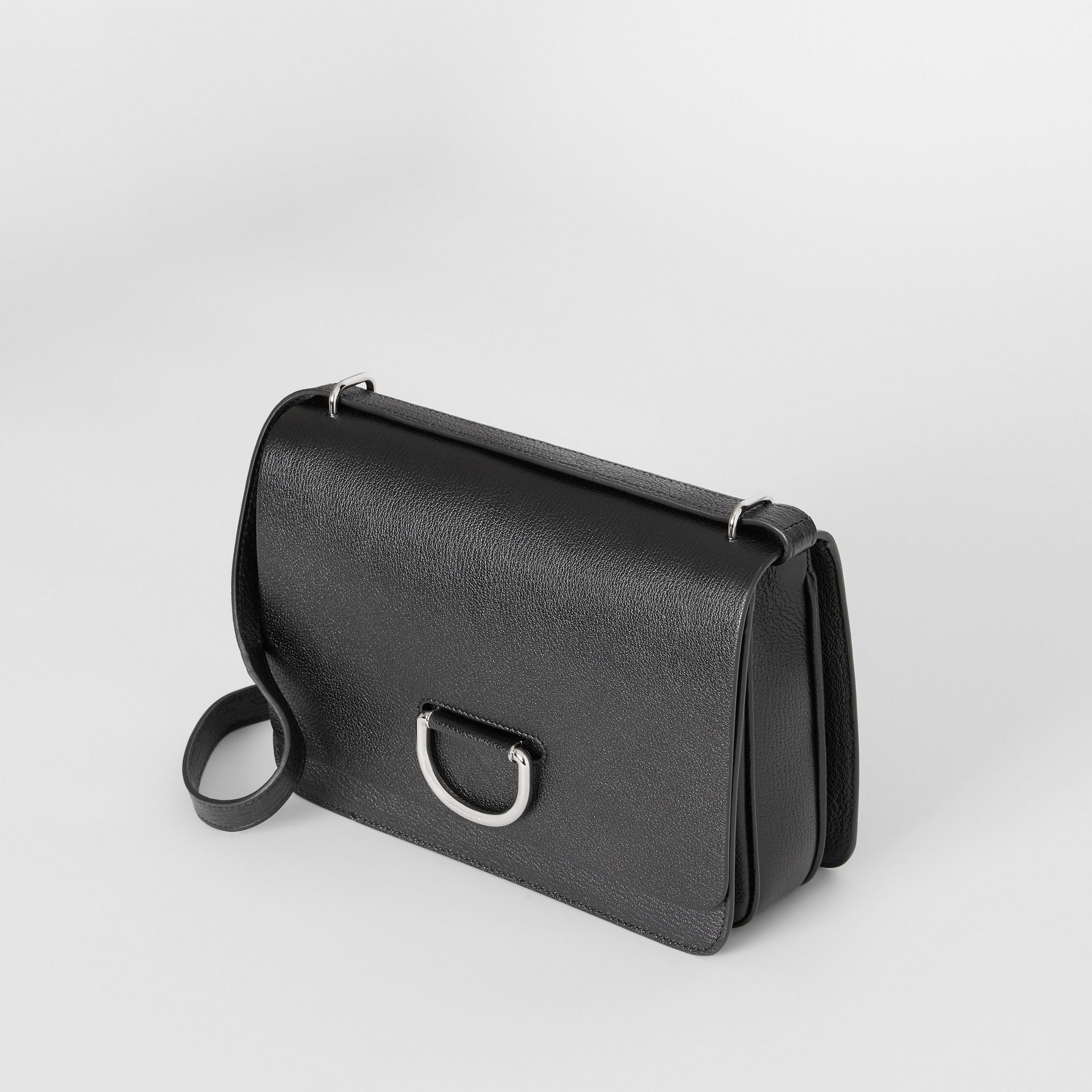 The Medium Leather D-ring Bag in Black - Women | Burberry United States - gallery image 3