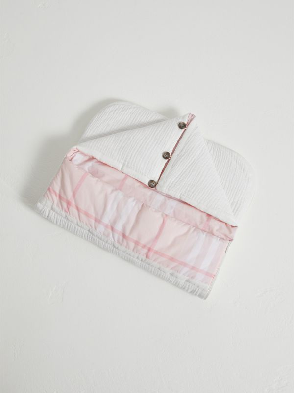 Quilted Cotton Baby Nest in Ice Pink | Burberry - cell image 2