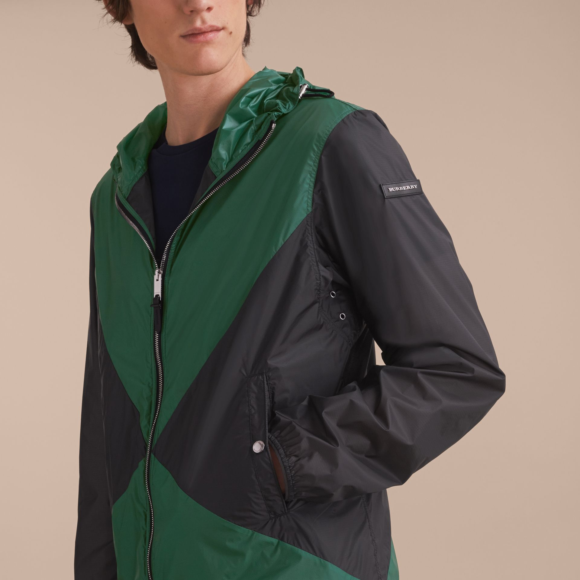Ultra-lightweight Geometric Motif Technical Jacket with Hood - gallery image 5