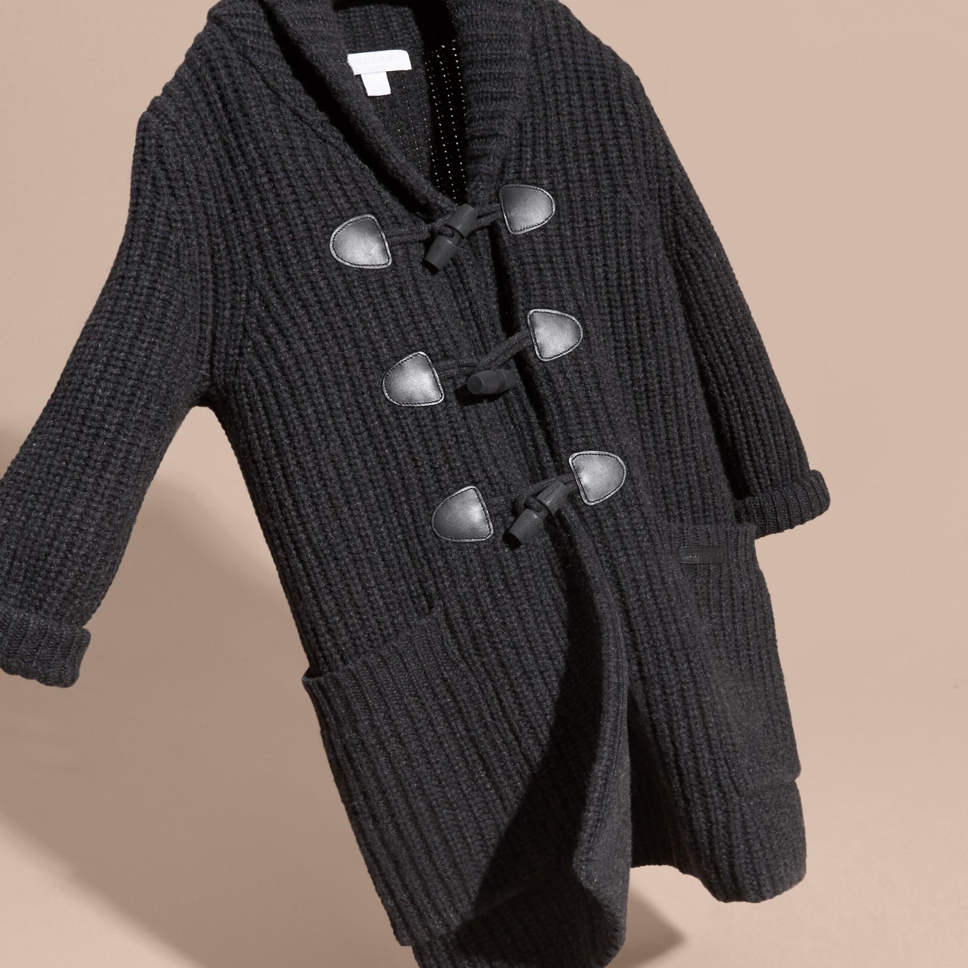 Camaïeu anthracite Cardigan en laine et cachemire avec boutons-olives - photo de la galerie 3