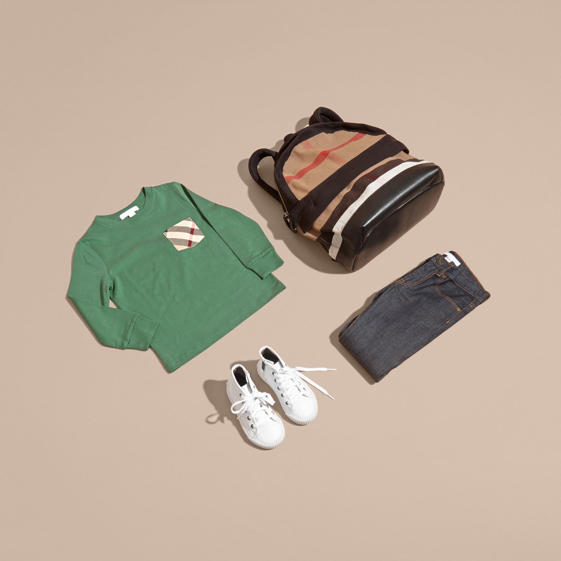Vert forêt Haut en jersey de coton avec poche à motif check Vert Forêt - photo de la galerie 5