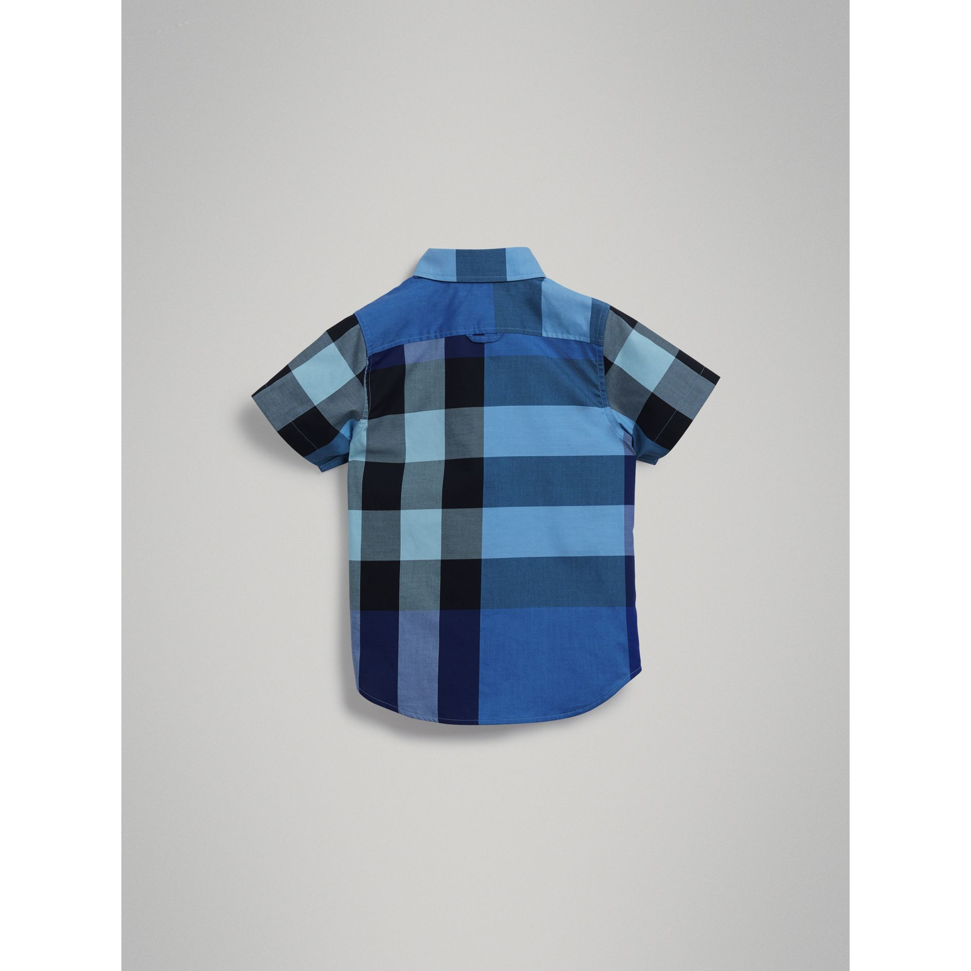 Short-sleeve Check Cotton Shirt in Light Azure - Boy | Burberry - gallery image 3