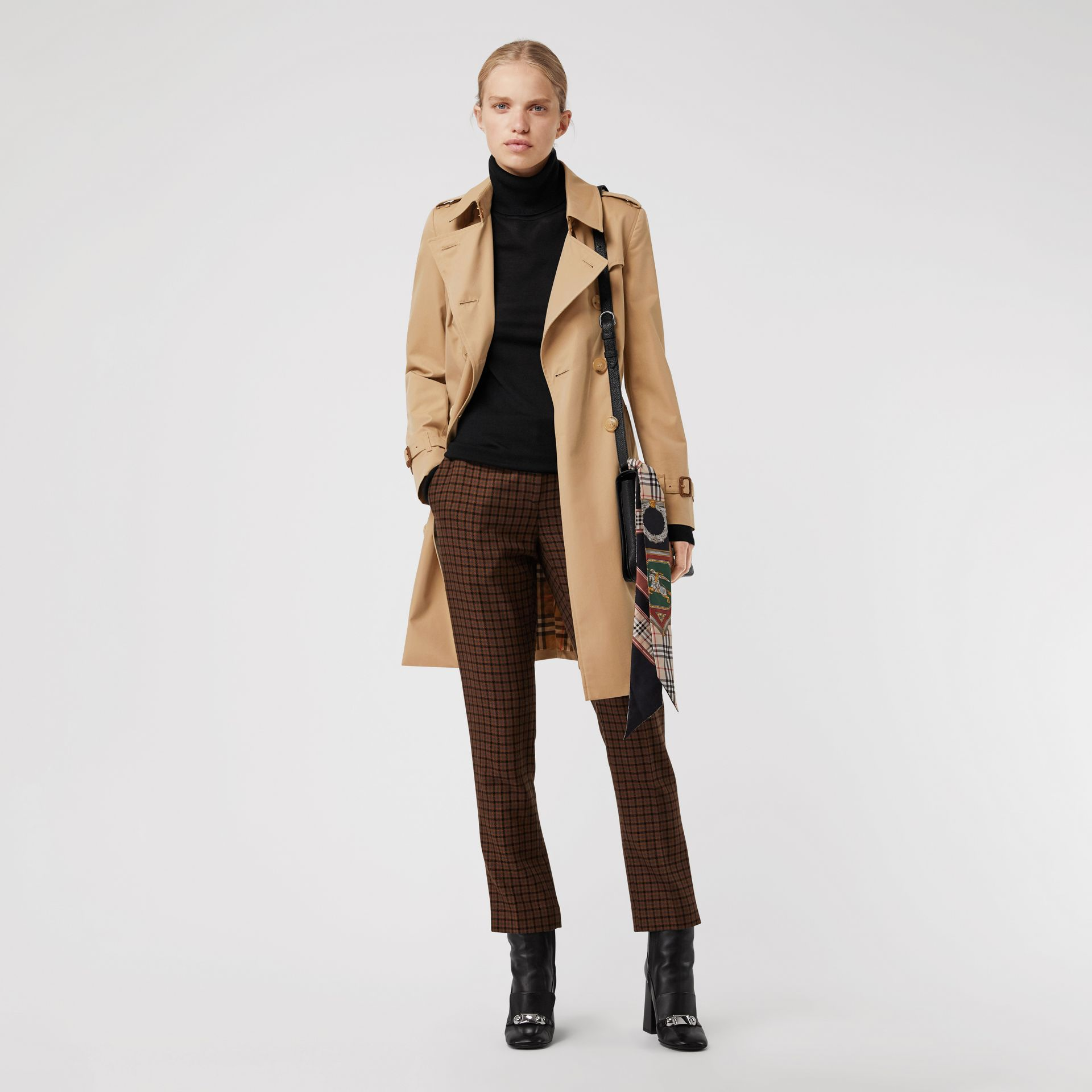 Trench Heritage The Chelsea (Miel) - Femme | Burberry - photo de la galerie 6