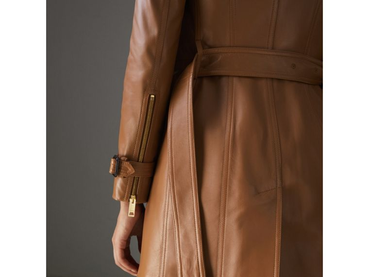 Sandringham Fit Lambskin Trench Coat in Caramel - Women | Burberry - cell image 4