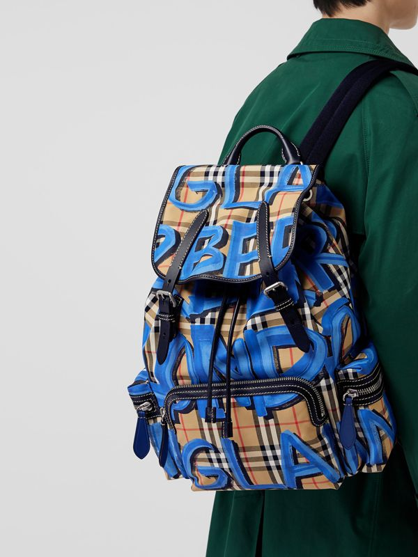 The Large Rucksack in Graffiti Print Vintage Check in Canvas Blue/antique Yellow - Men | Burberry - cell image 3
