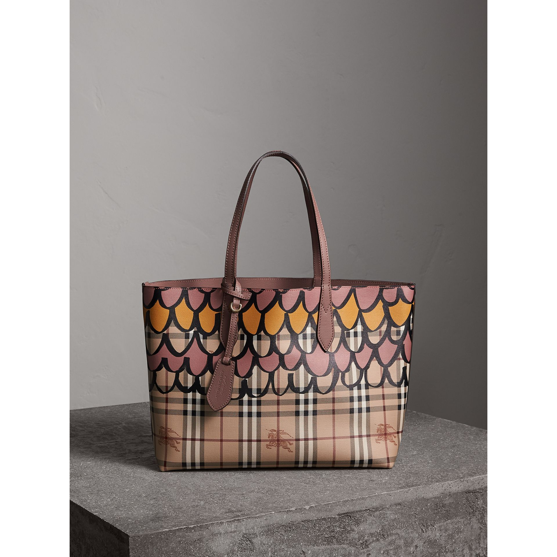 The Medium Reversible Tote in Trompe L'oeil Print in Light Elderberry - Women | Burberry United States - gallery image 1