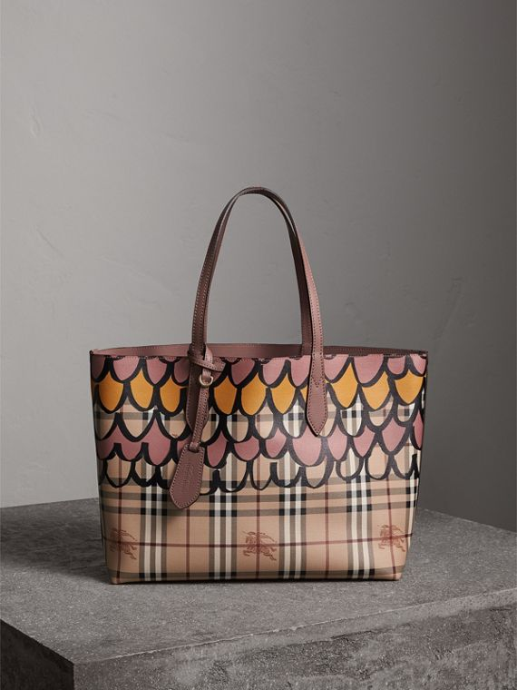 The Medium Reversible Tote in Trompe L'oeil Print in Light Elderberry