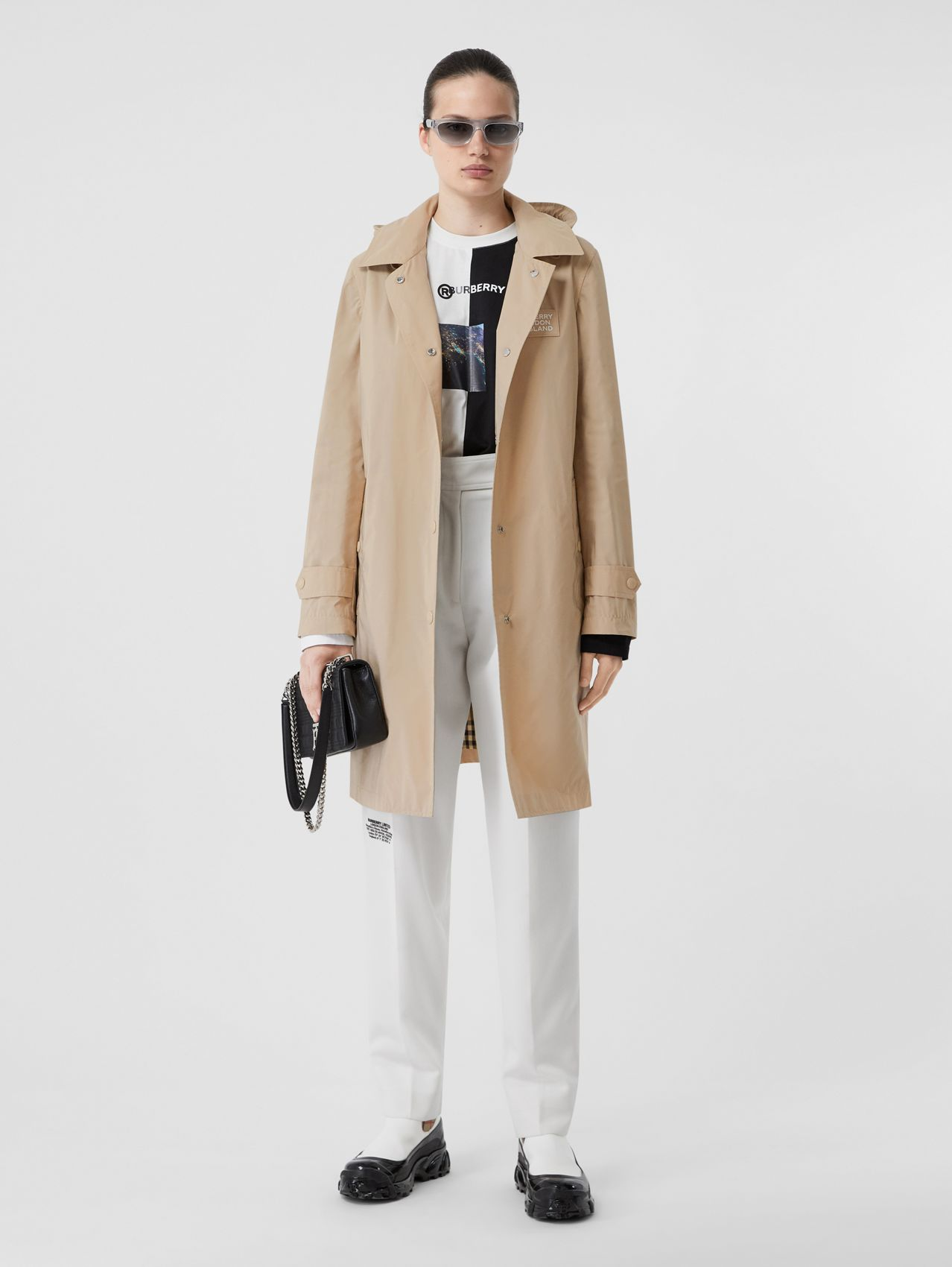 Detachable Hood Shape-memory Taffeta Car Coat in Dusty Beige