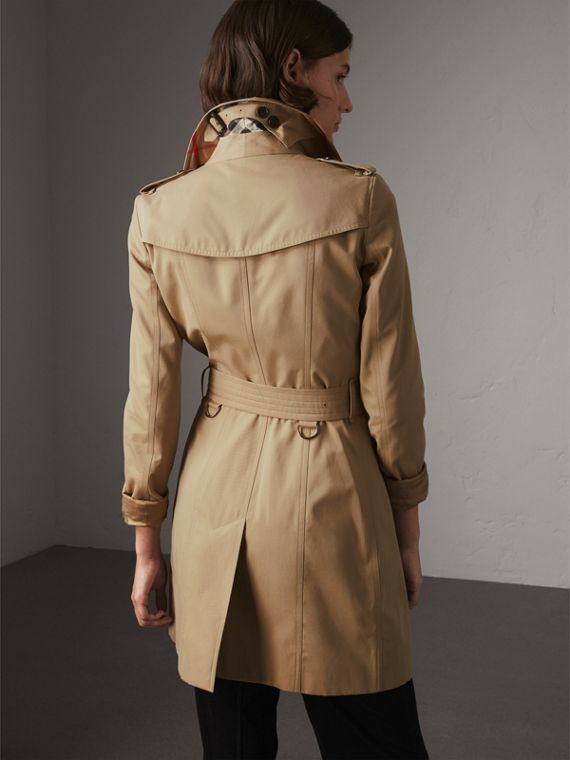The Chelsea – Mid-length Trench Coat in Honey - Women | Burberry Singapore - cell image 2