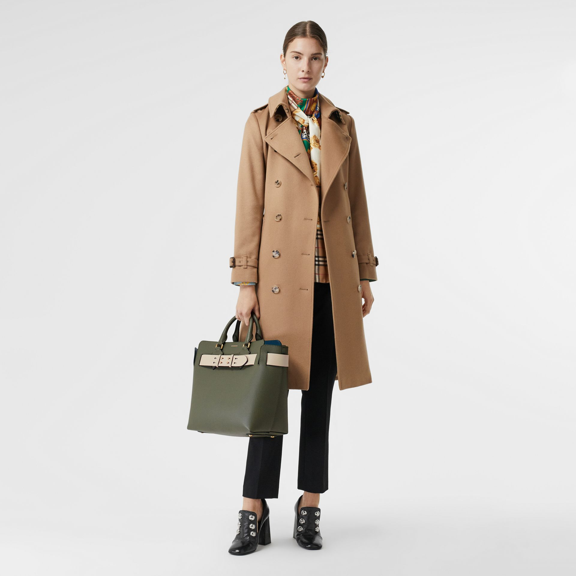 The Medium Leather Belt Bag in Sage Green - Women | Burberry United Kingdom - gallery image 2