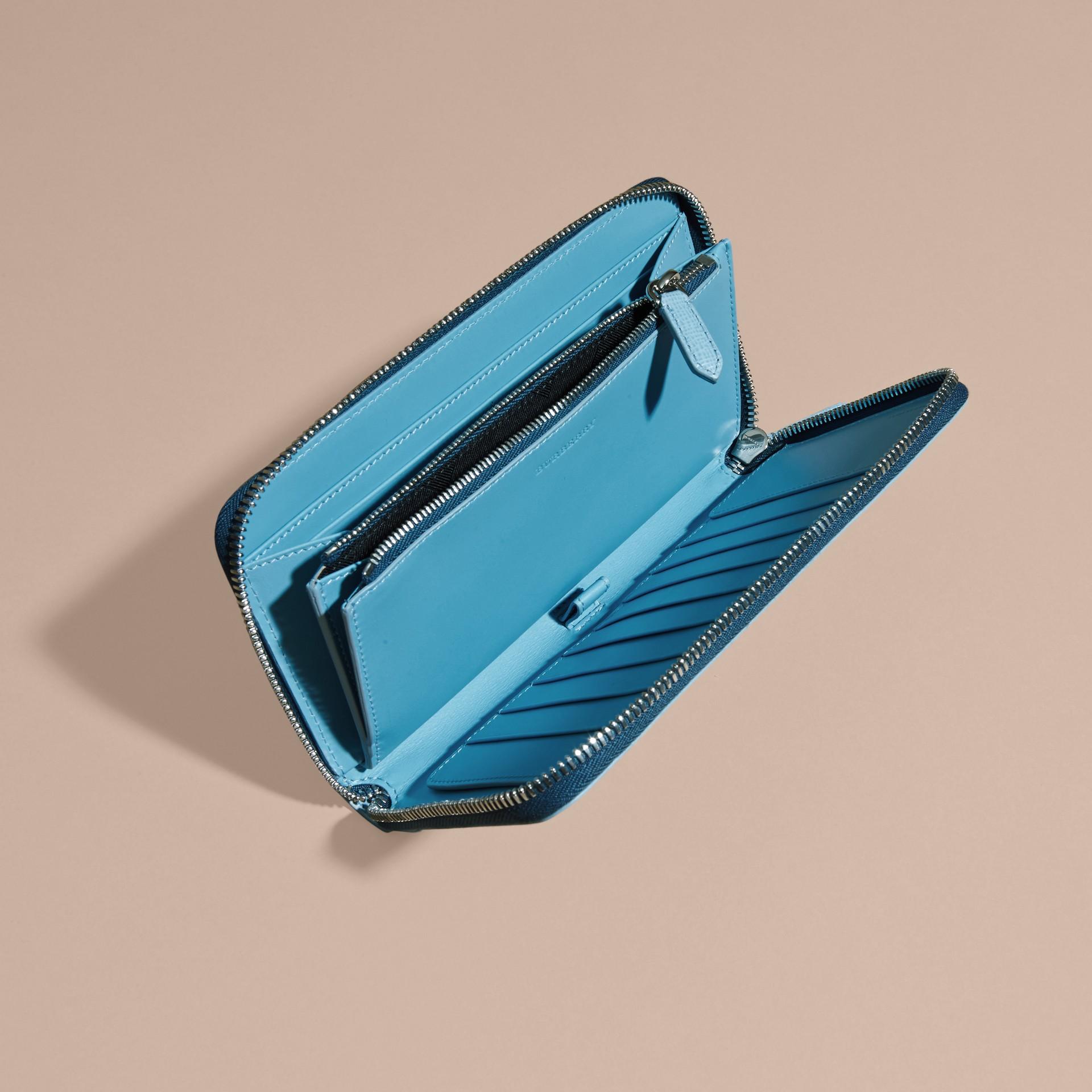 London Leather Ziparound Wallet Powder Blue - gallery image 6
