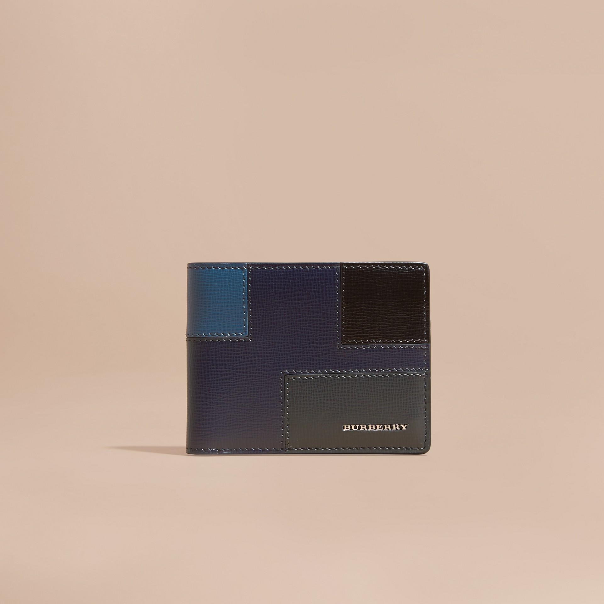Navy scuro Portafoglio a libro in pelle London a blocchi di colore Navy Scuro - immagine della galleria 6
