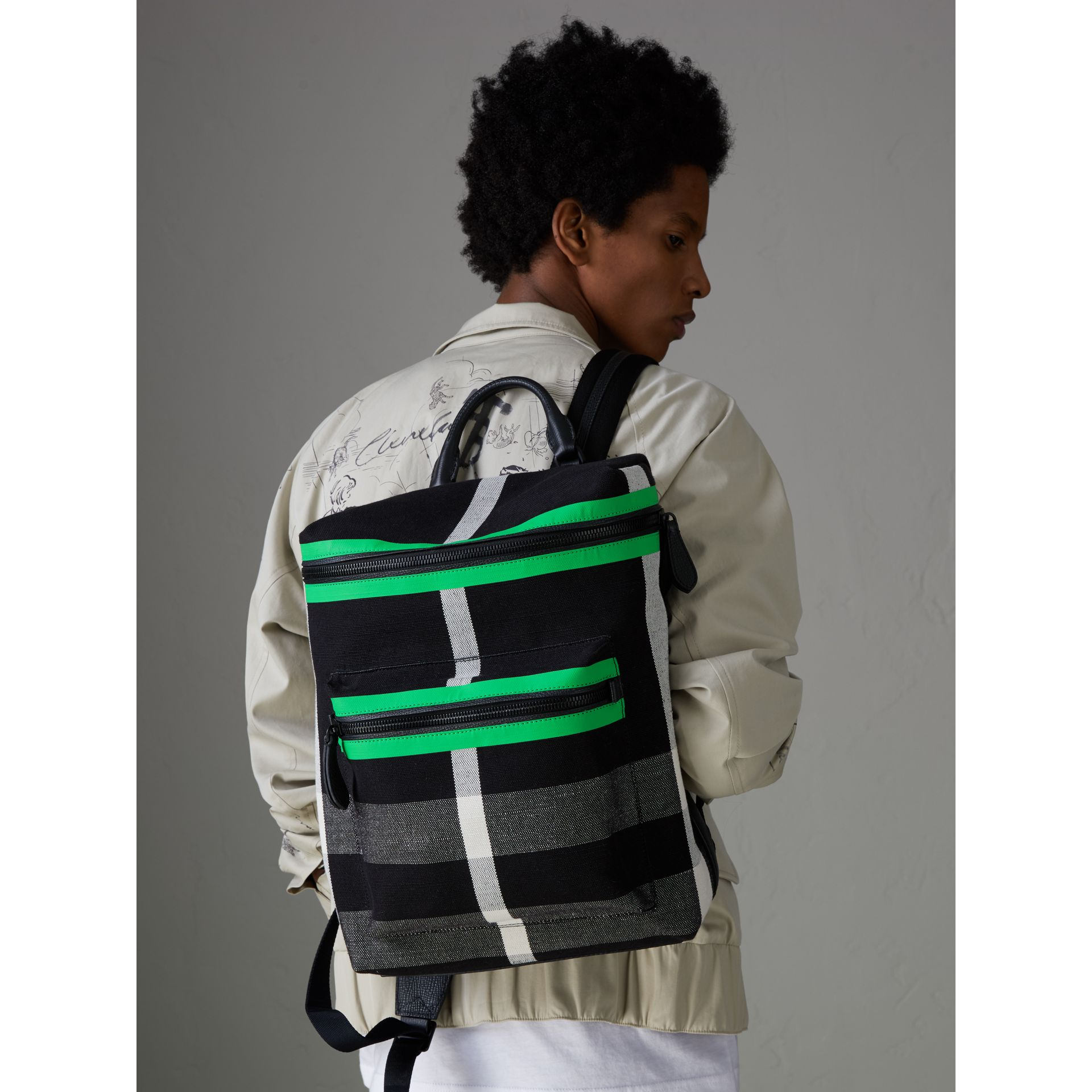 Zip-top Leather Trim Canvas Check Backpack in Racing Green/black - Men | Burberry - gallery image 3