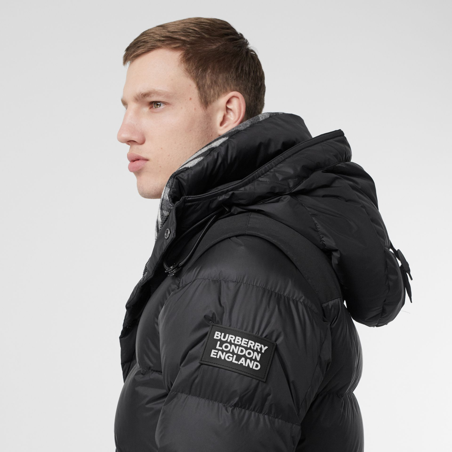 Detachable Sleeve Hooded Puffer Jacket in Black - Men | Burberry Singapore - gallery image 4